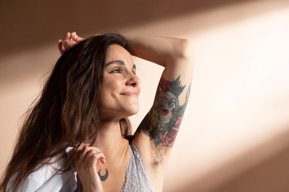 faux tatouage bras